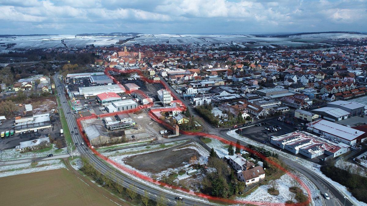 Auf dem alten BayWa-Areal soll das neue Wohnviertel in Volkach entstehen.