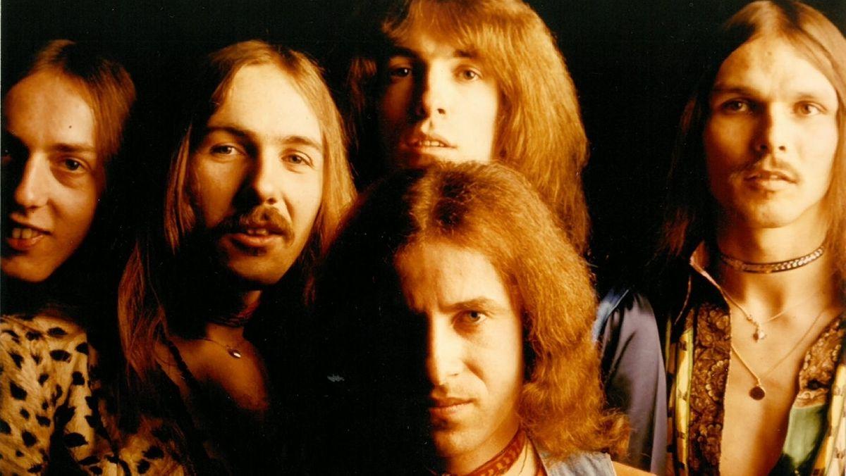 Jürgen Fechter (links) mit den Scorpions im Jahr 1974