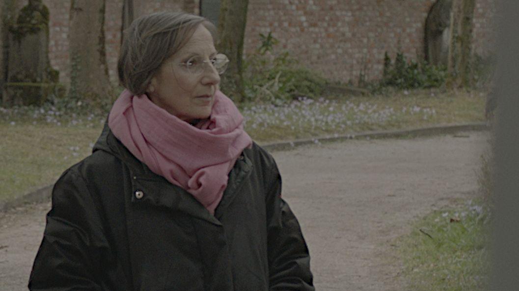 Portrait von Agnes Wich, die als Kind von einem Priester missbraucht wurde.
