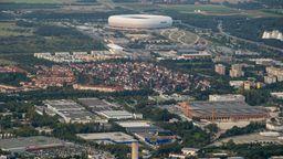 Im Münchner Norden könnte ein neuer Stadtteil auf einer Fläche von ca. 900 Hektar entstehen. Umweltverbände halten davon nur 45 Hektar für bebaubar, ohne den Natur- und Klimaschutz zu gefährden. | Bild:dpa-picture alliance/Peter Kneffel