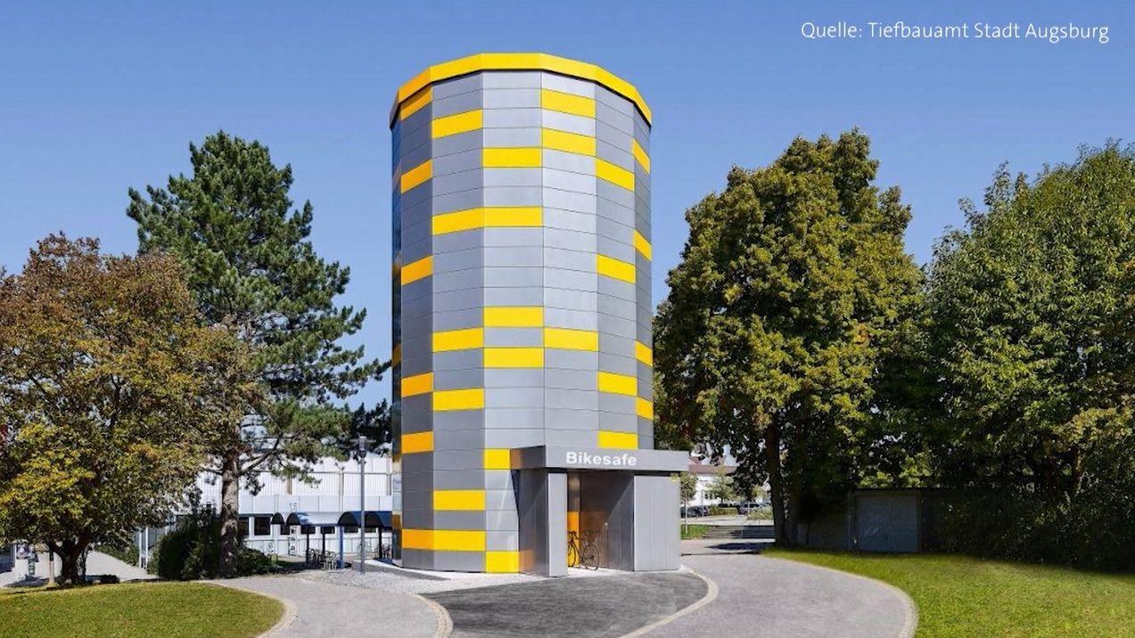 Vollautomatisches Fahrradparkhaus in Augsburg