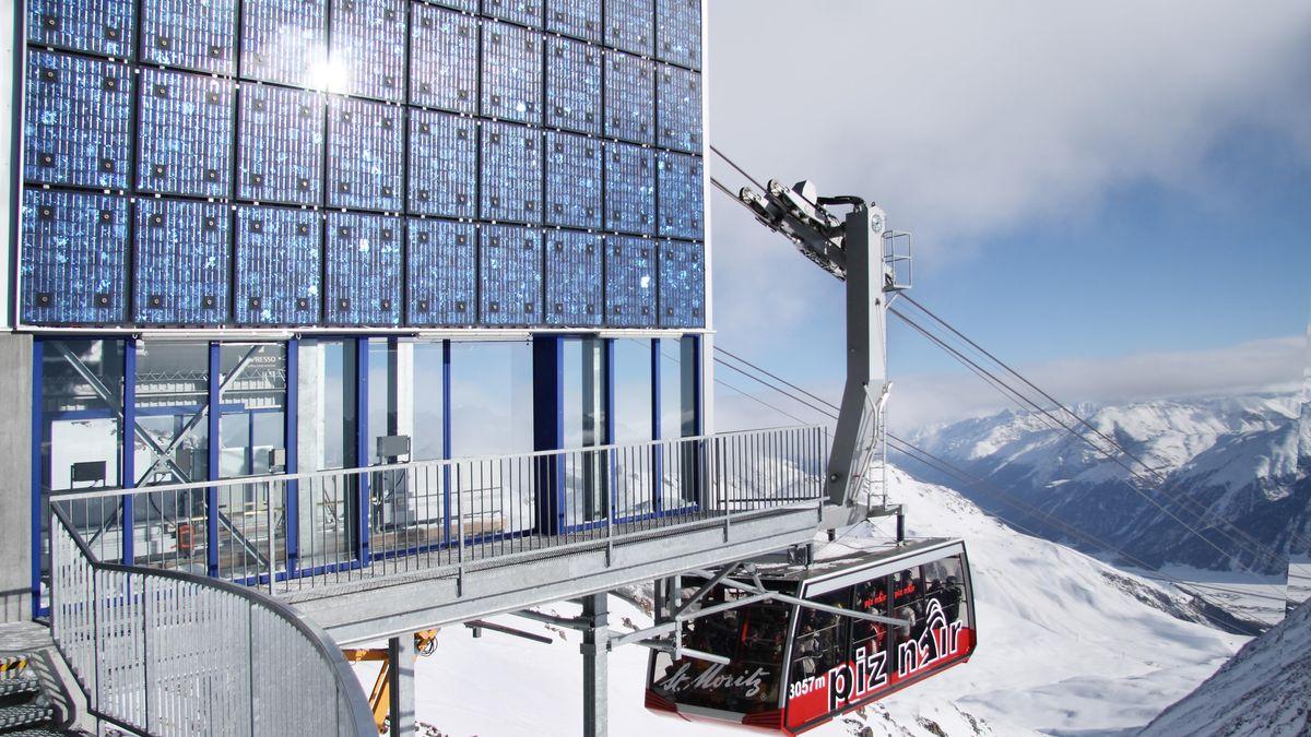 Photovoltaikanlage an der Piz Nair Seilbahnstation