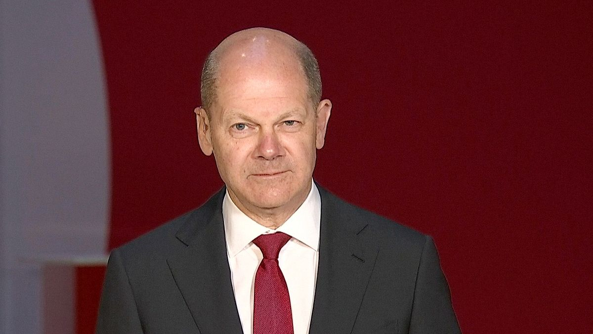 SPD-Kanzlerkandidat Olaf Scholz Im Interview mit dem BR-Politikmagazin Kontrovers