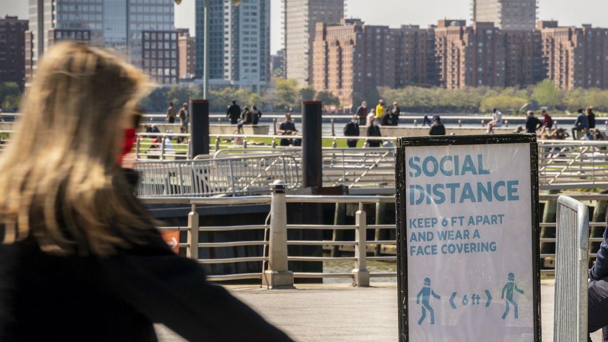 Symbolbild: New York und Abstandsregeln