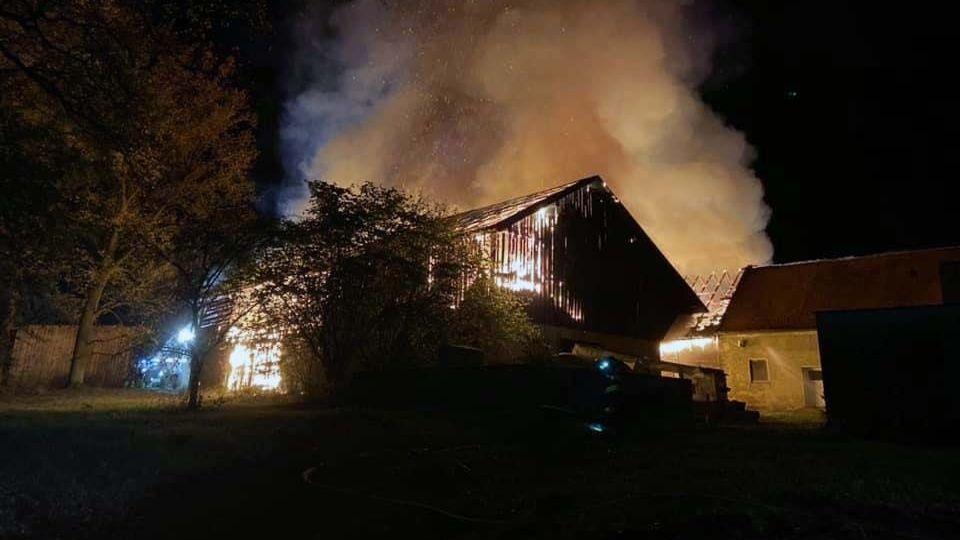 Ende Oktober hat diese Scheune in der Nähe von Luhe-Wildenau gebrannt. Auch hier waren die Brandstifter am Werk.