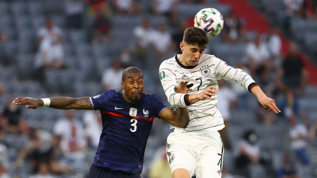 Fußball-EM in München: Deutschlands Kai Havertz (rechts) im Duell mit Frankreichs Presnel Kimpembe.