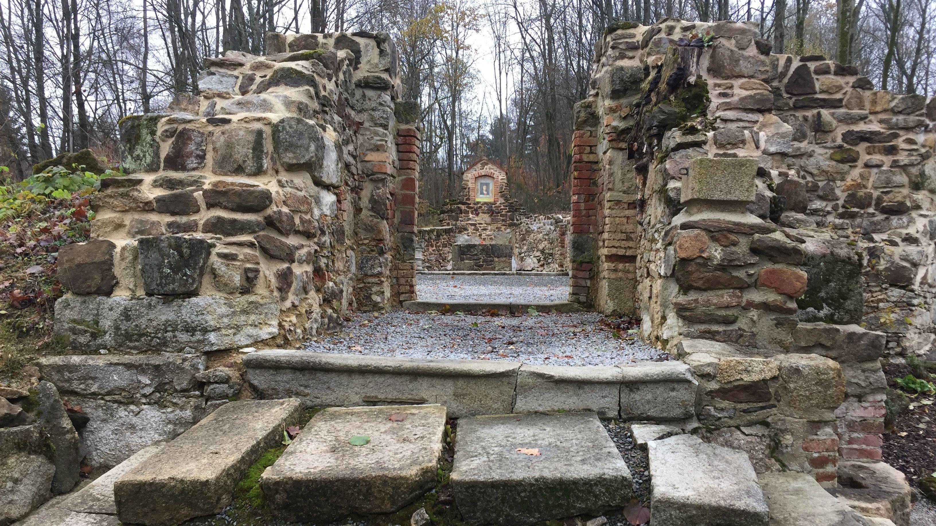 Reste des untergegangenen Dorfes Grafenried.