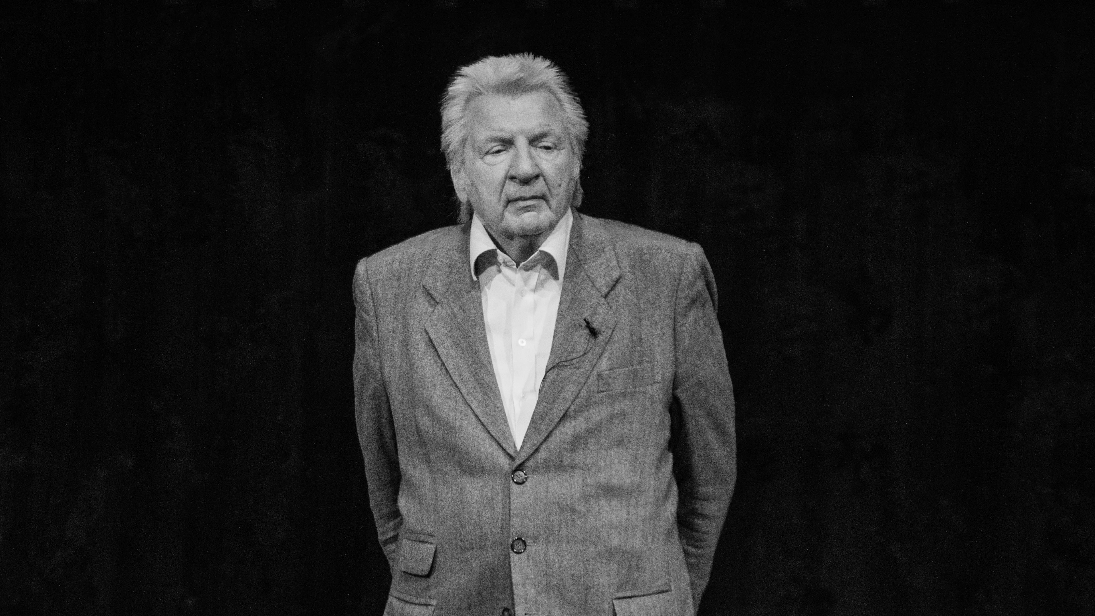 Werner Schneyder ist im Alter von 82 Jahren gestorben.