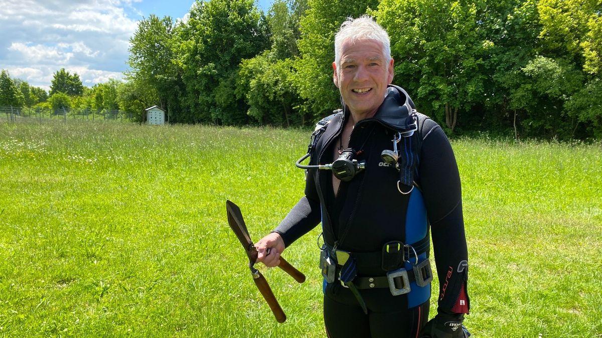 Uwe Scherner, Biologe und Wasserwachtler nach erfolgreicher Beseitigung der Laichkrautfelder im Fridolfinger See