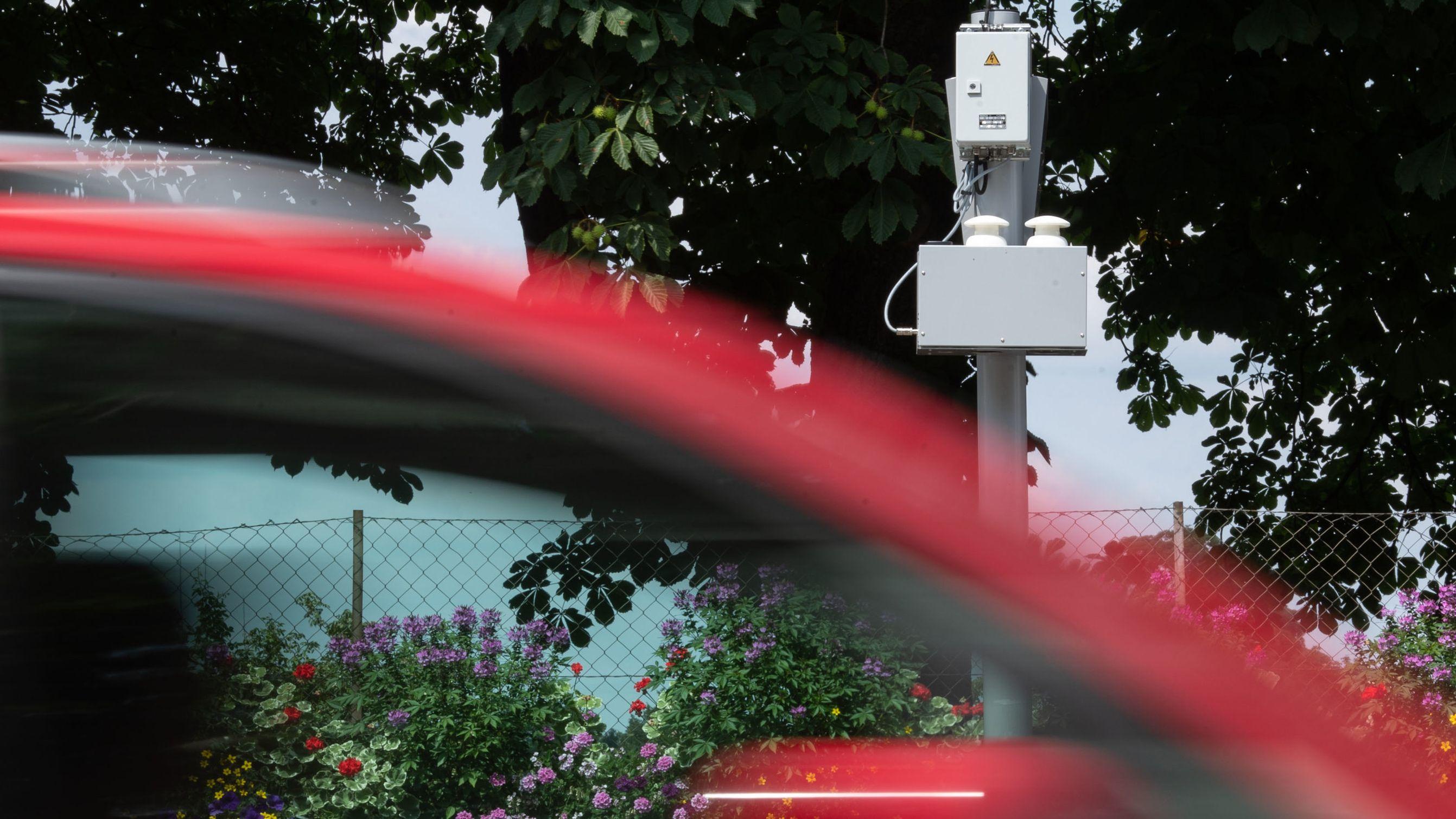 Eine Immisions-Messbox, die die Luftqualität misst (Symbolbild)