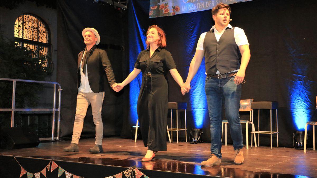 Die drei Kabarettisten auf der Open-Air-Bühne