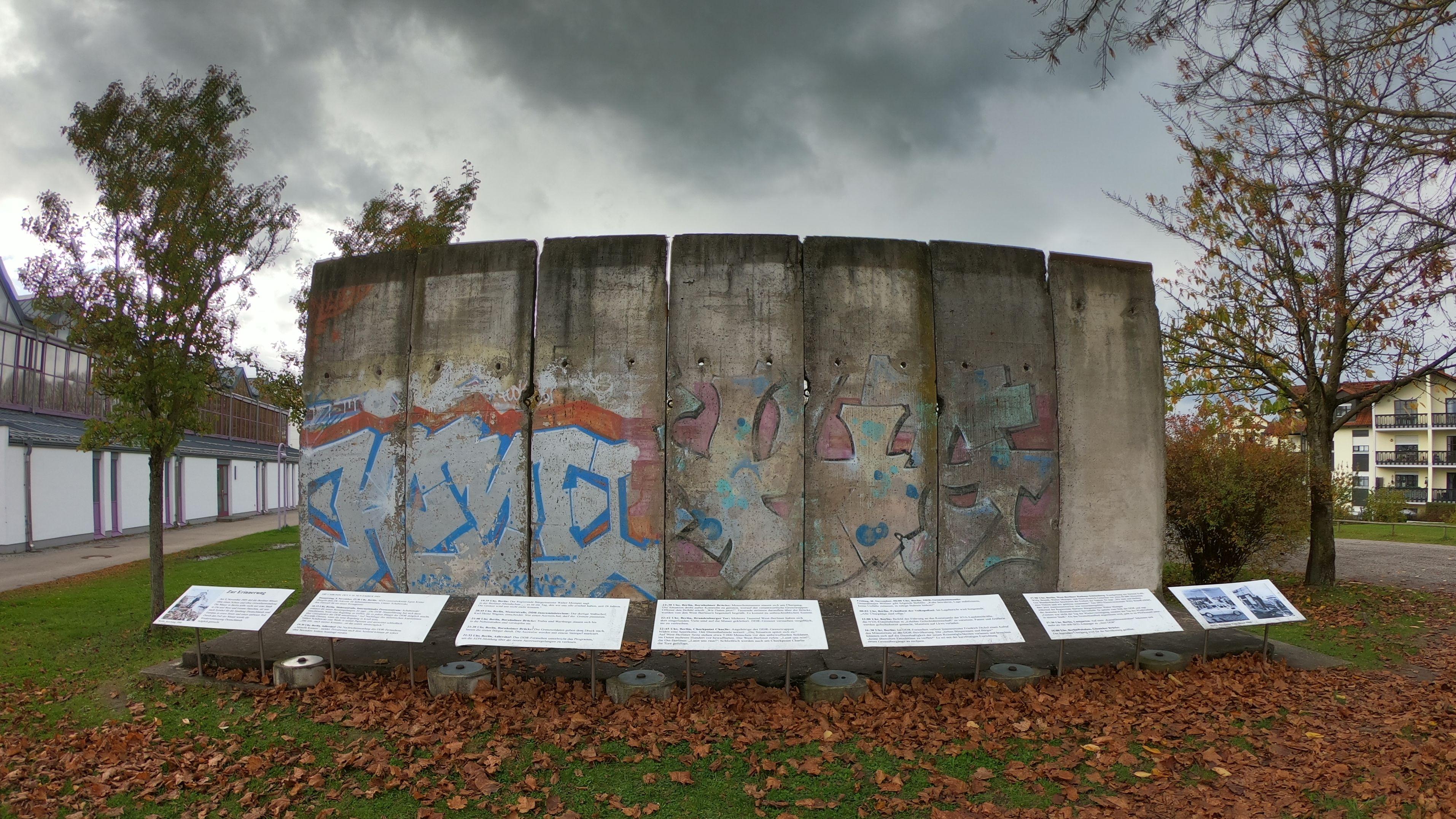 Mauersegmente in Diedorf.