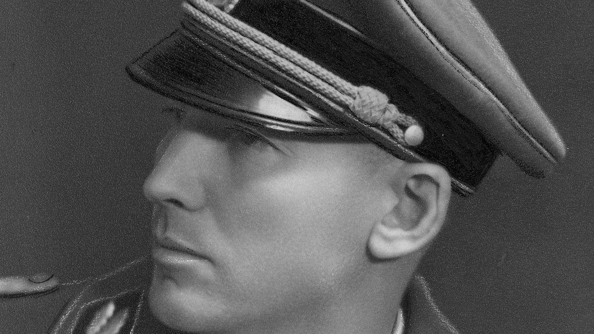 Seine Geschichte wird in dem Buch erzählt: Der Nazi-Funktionär Otto Wächter, hier in seiner Uniform als SS-Gruppenführer