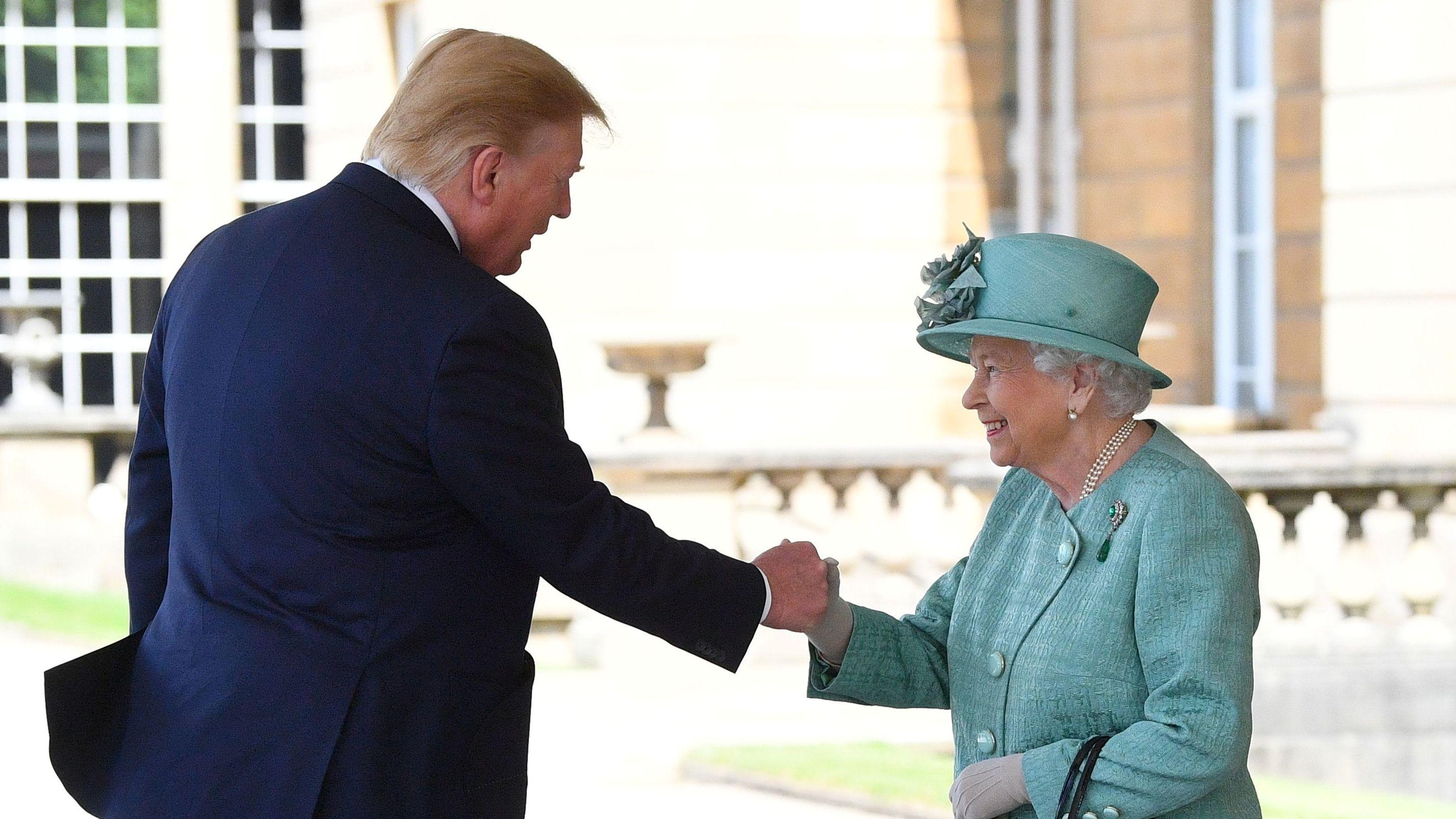 Donald Trump und Königin Elizabeth II.