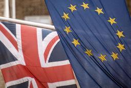 Die Flaggen von Großbritannien und der EU