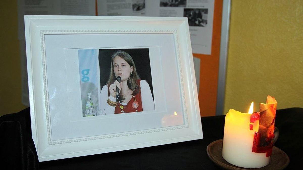 Trauer um Maria Baumer. Lange war unklar, was mit der 2012 verschwundenen jungen Frau passiert ist.