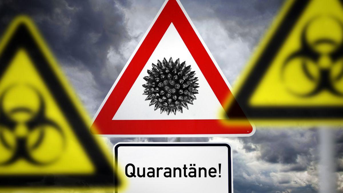 Gefahrenzeichen mit der Aufschrift Quarantäne