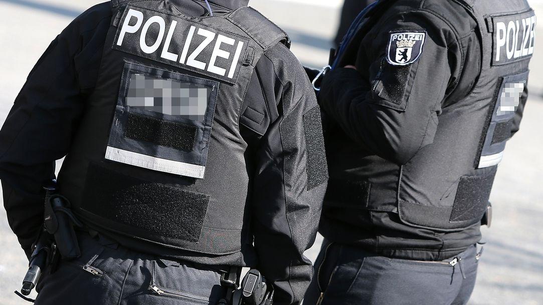 Symbolbild: Polizisten eines SEK