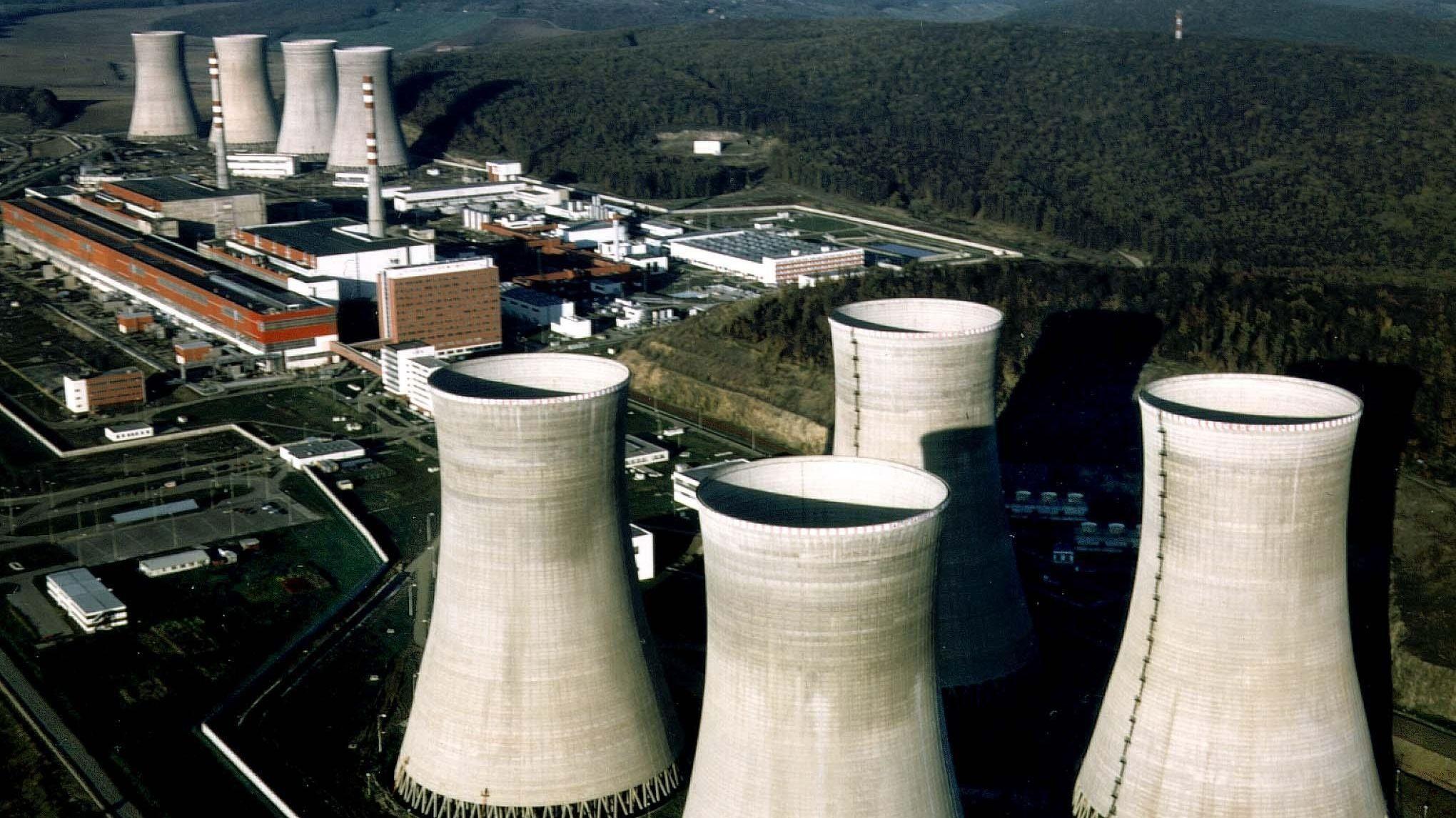 Luftbildaufnahme des Atomkraftwerkes Mochovce
