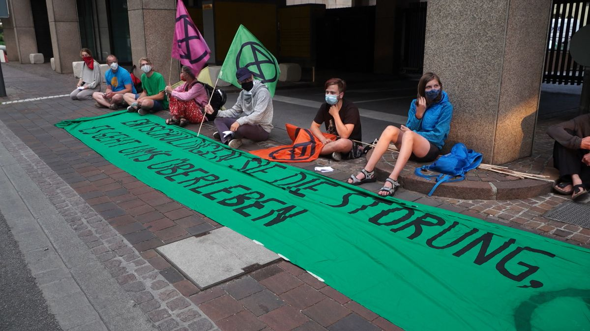 "Aktivisten von ""Extinction Rebellion"""