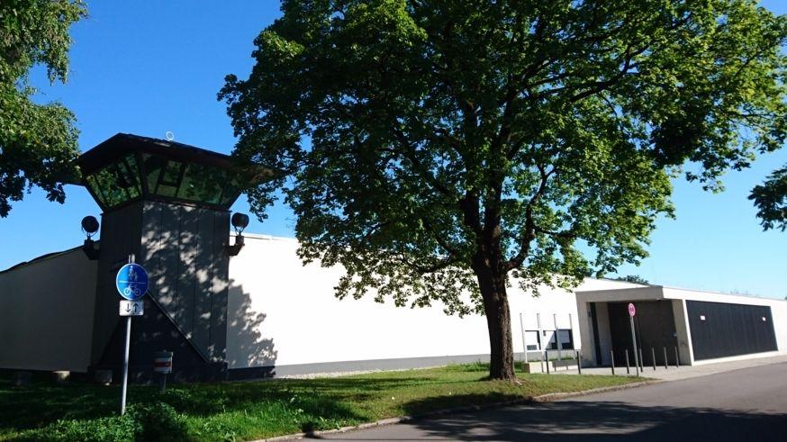 JVA Stadelheim von außen