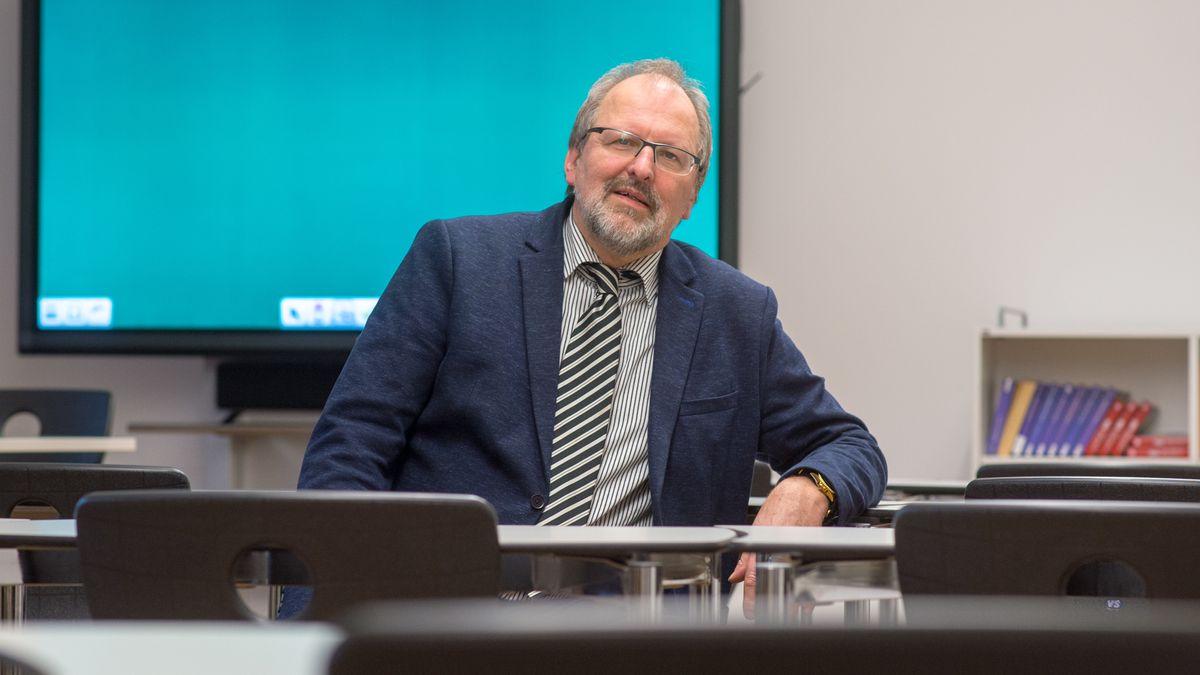 Heinz-Peter Meidinger, Präsident des Deutschen Lehrerverbandes und Schulleiter des Robert Koch Gymnasiums in Deggendorf
