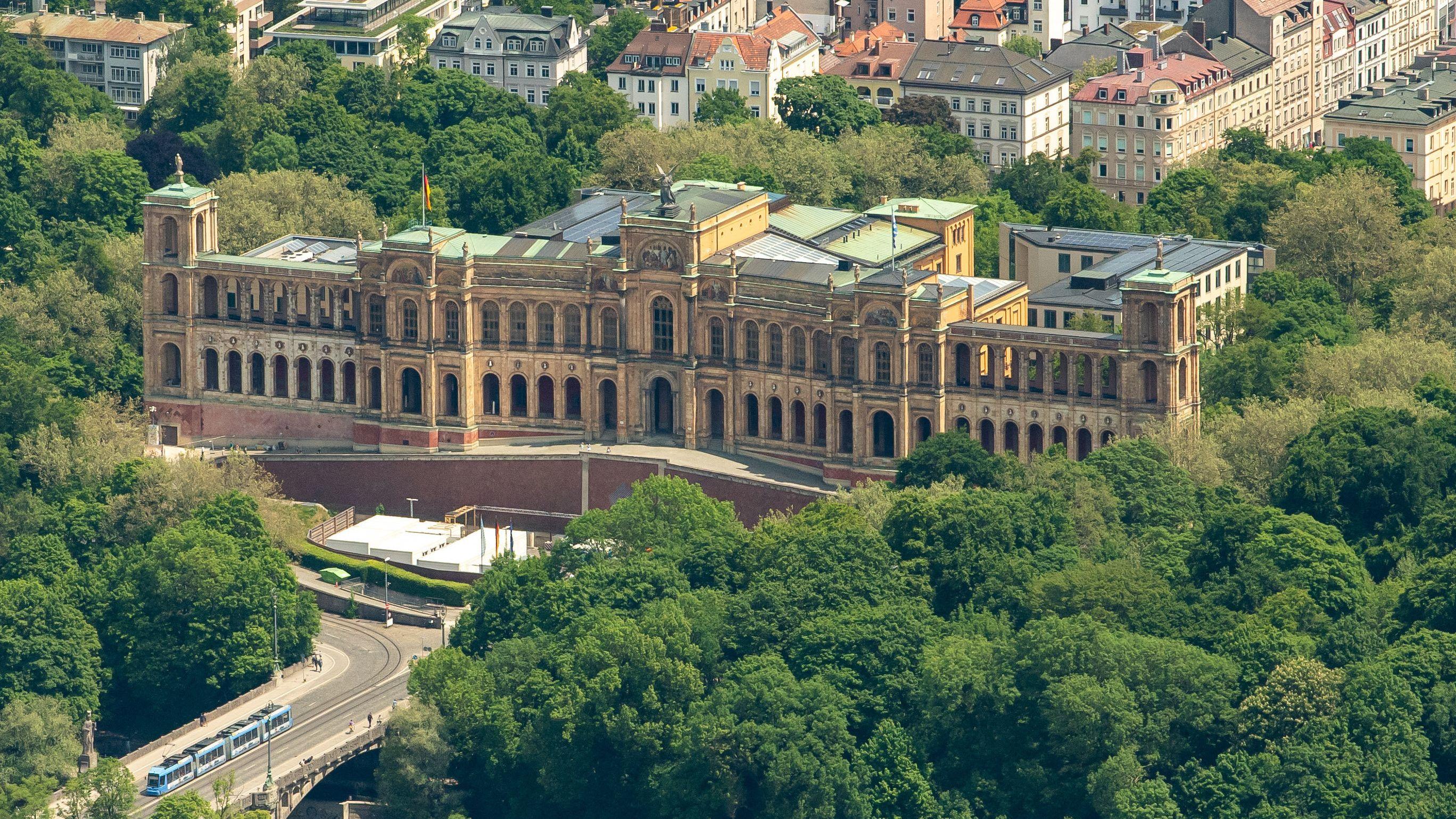Der Bayerische Landtag, aufgenommen aus der Luft am 03.06.21.