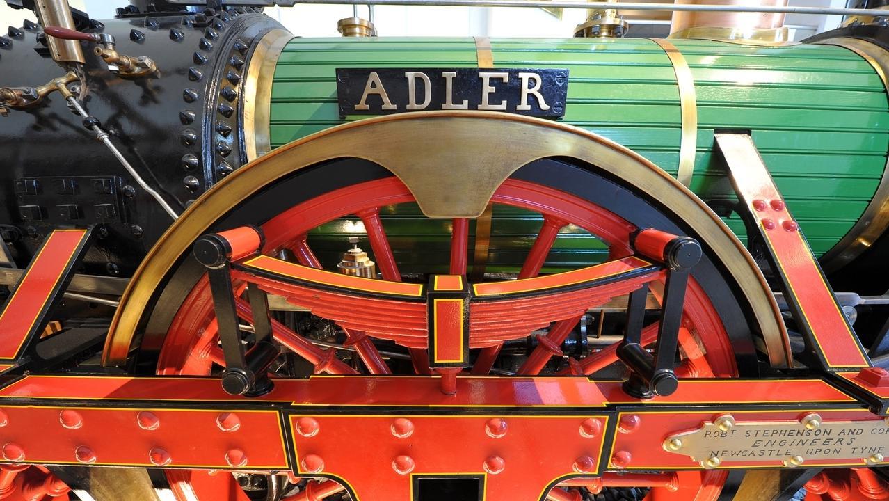 """Geschichte der Eisenbahn: Nachbau der """"Adler""""-Lokomotive"""