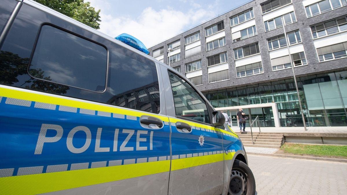 Rechte Chats: Hessens Innenminister löst SEK Frankfurt auf (Symbolbild)