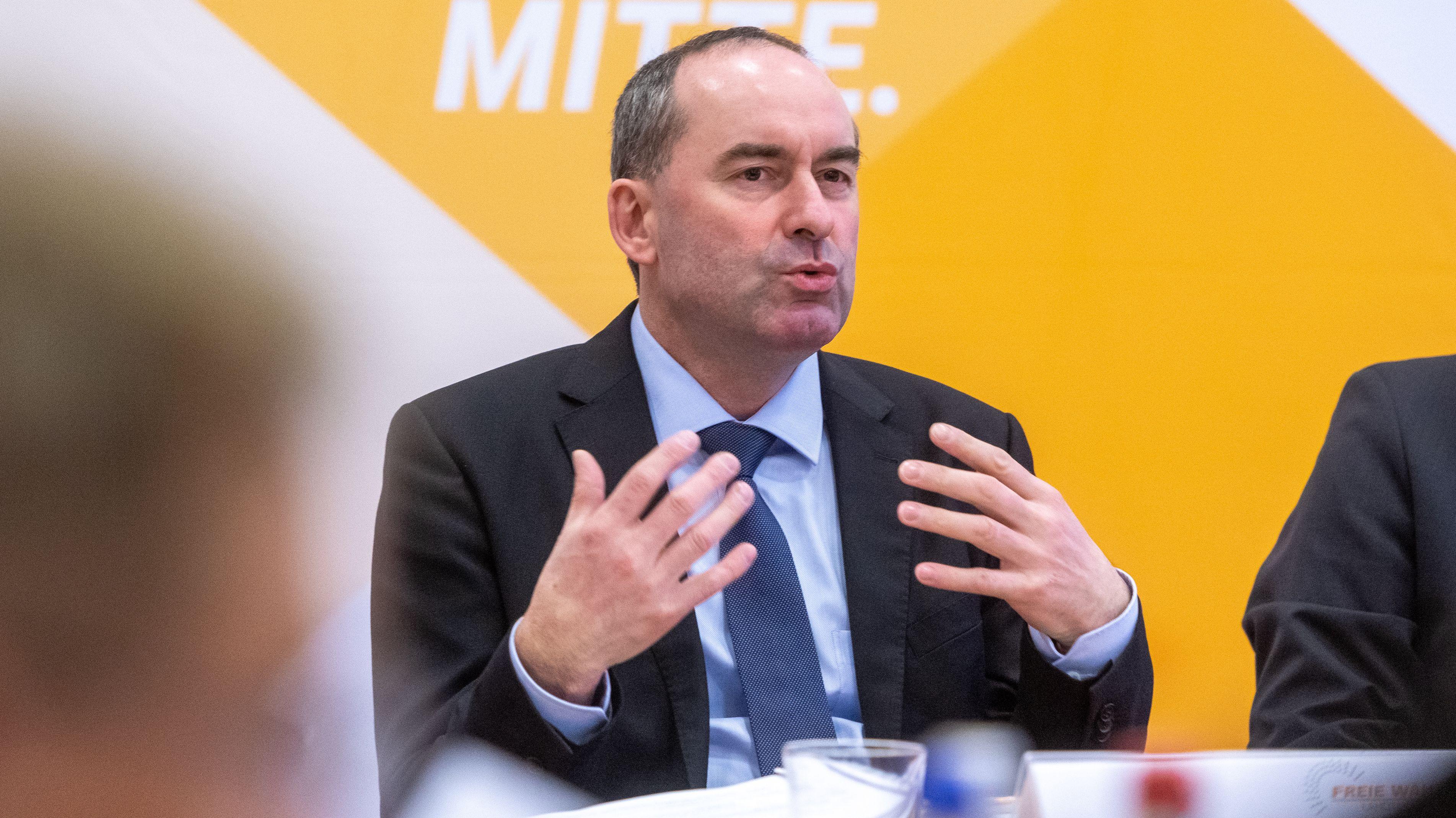 Hubert Aiwanger (Freie Wähler), stellvertretender Ministerpräsident spricht während der Winterklausur der Landtagsfraktion.