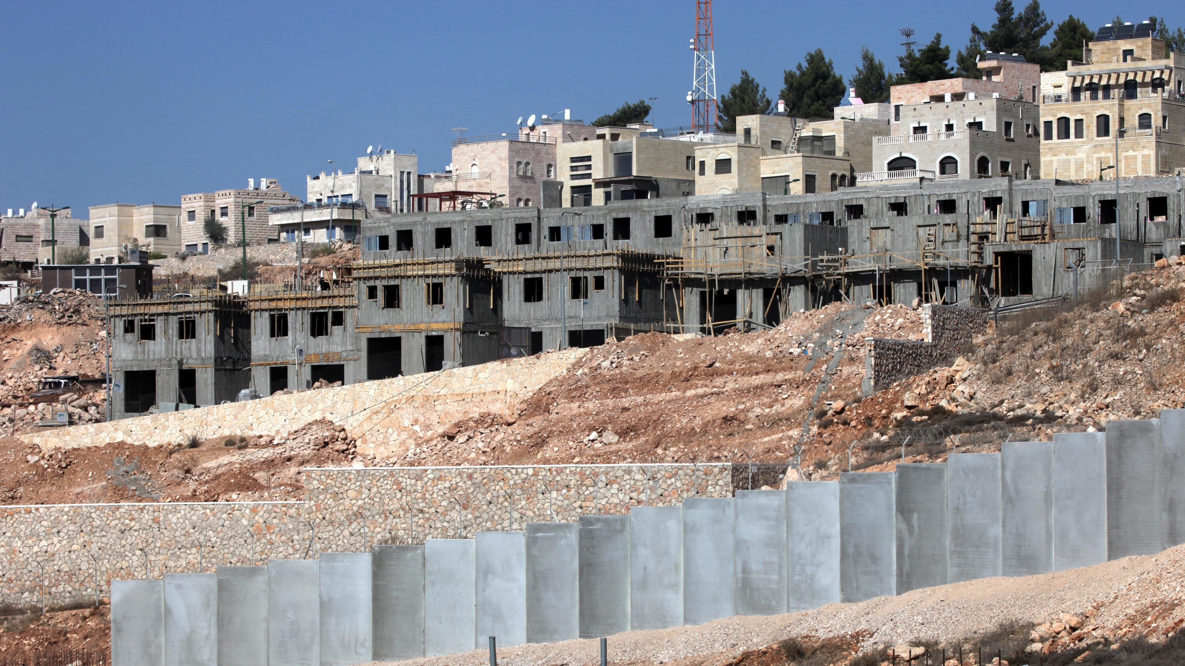 Blick auf die Baustelle der israelischen Siedlung Har Gillo im Westjordanland (Archivbild)