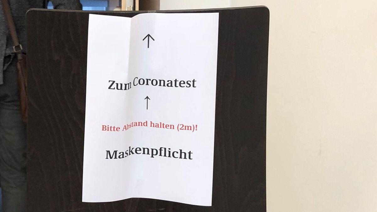 Covid-19-Massentests im Bischöflichen Ordinariat in Passau