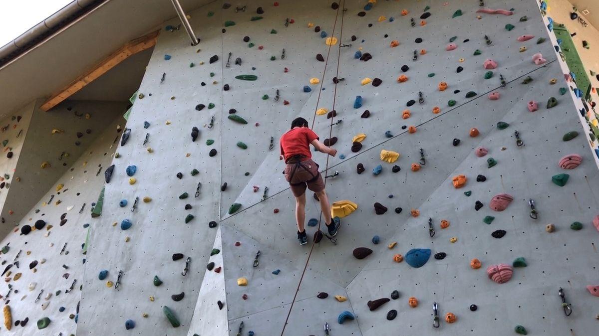 Kletterwettbewerb für Menschen mit geistiger Behinderung in Kaufbeuren