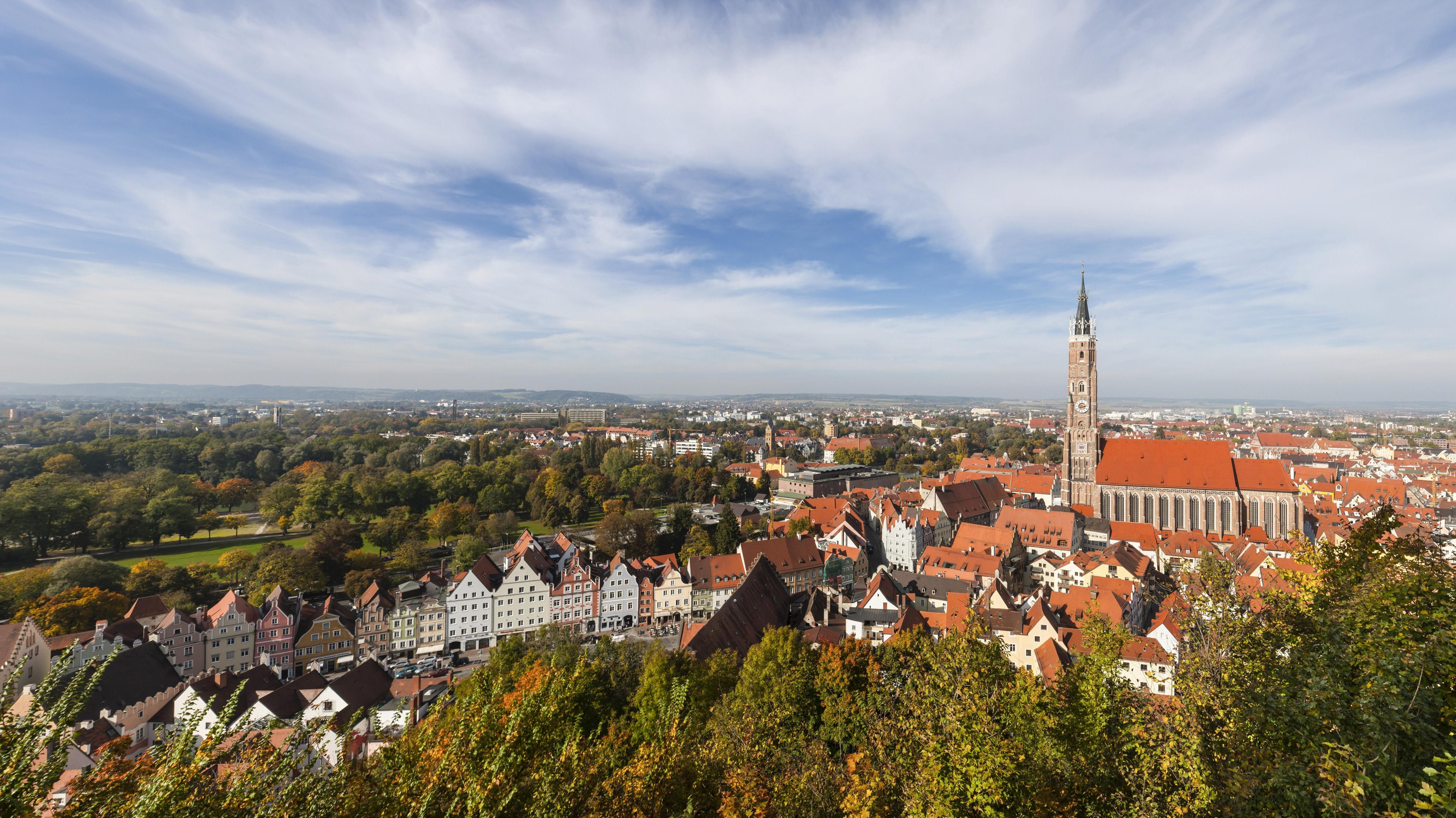 Blick von der Burg Trausnitz auf die Altstadt der Stadt Landshut