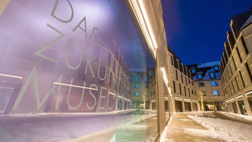 Außenansicht des Zukunftsmuseums auf dem Gelände Augustinerhof in Nürnberg