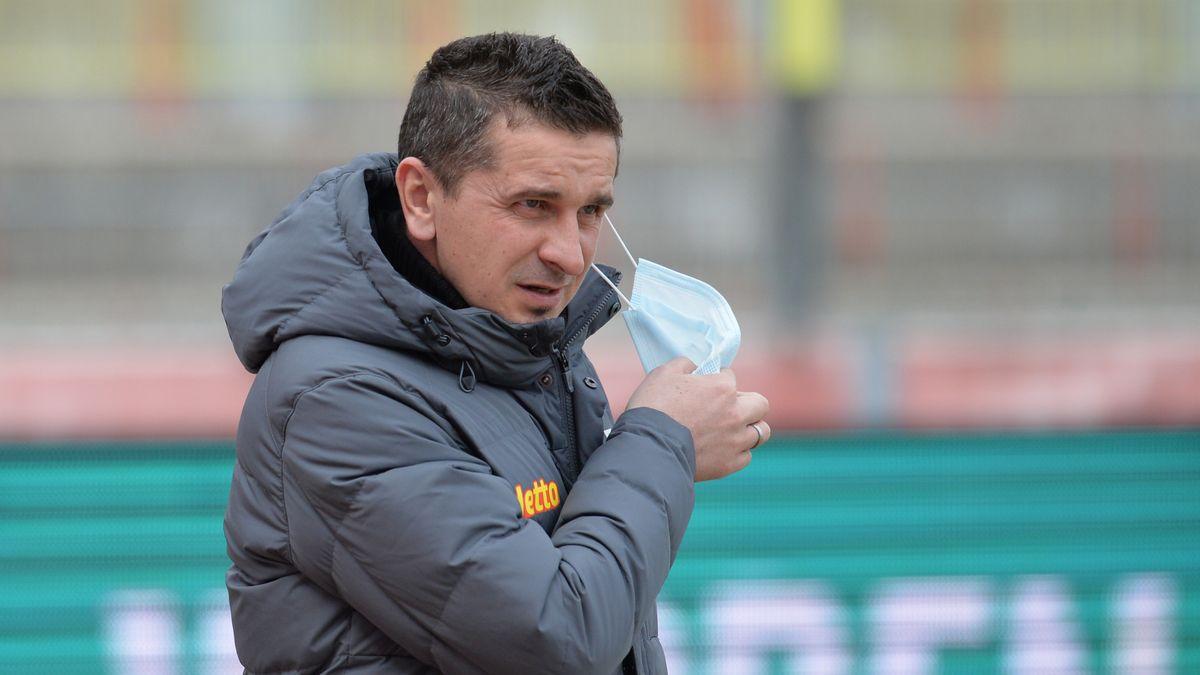 Jahn-Trainer Mersad Selimbegovic.