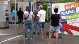 Impfwillige bei der Impfnacht in Kelheim | Bild:News5
