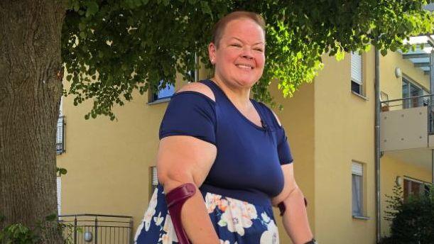 Sonja Bauer geht im Sommer 2019 spazieren