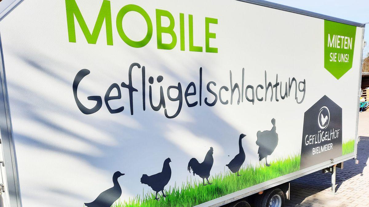 Die mobile Geflügelschlachtanlage.
