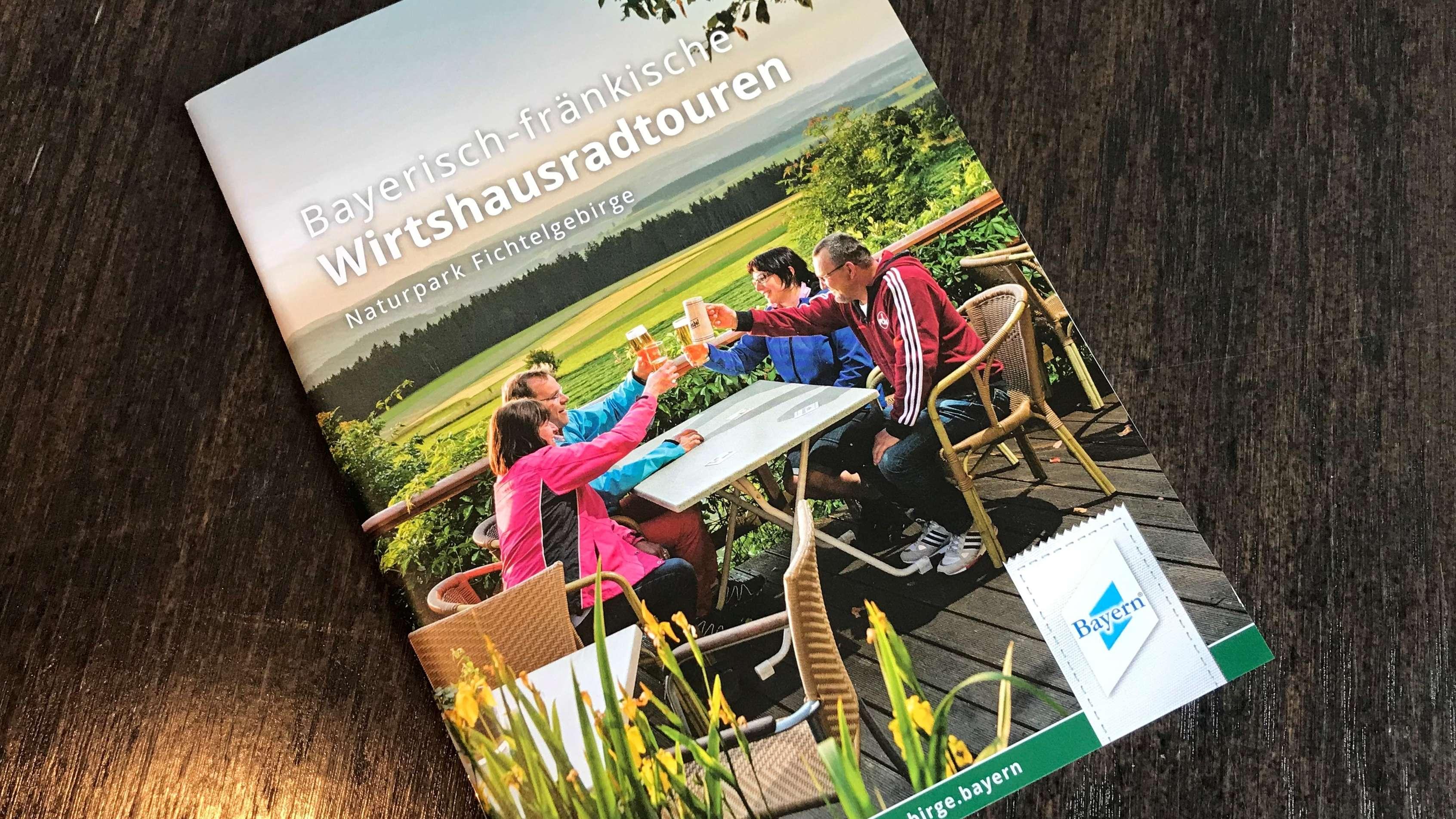 Broschüre mit den acht neuen Wirtshaus Radtouren im Fichtelgebirge