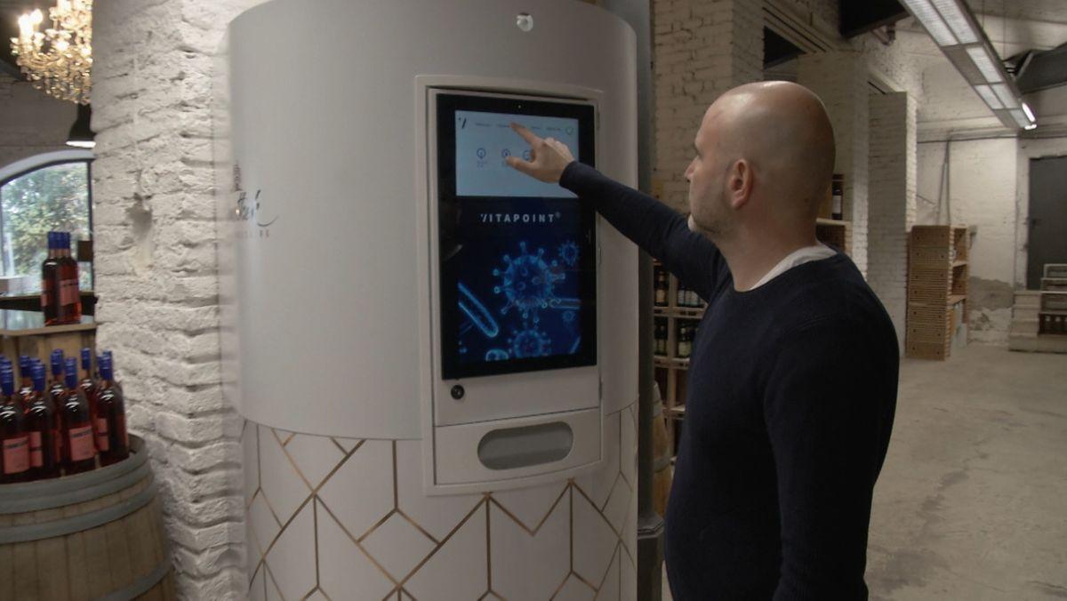 Innerhalb weniger Monate hat die Firma Absaugwerk Luftfilter entwickelt, die vor Corona schützen sollen