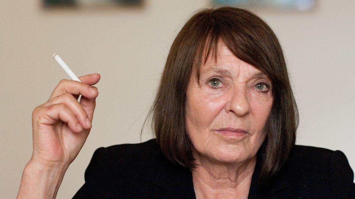 Monika Maron mit schwarzem Blazer