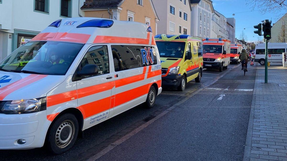 Rettungskräfte in Regensburg-Kumpfmühl