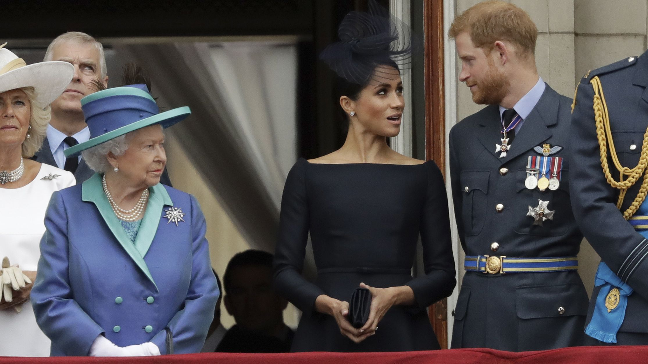 Queen Elizabeth II, Meghan the Duchess of Sussex und Prince Harry