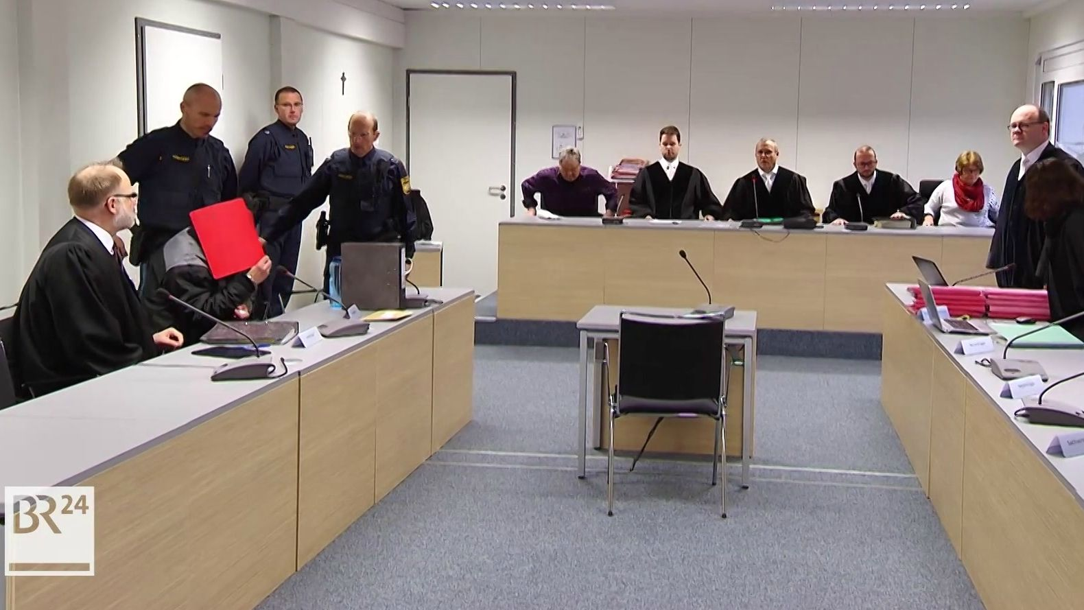 Archiv: Cold-Case-Prozess vor dem Landgericht Aschaffenburg