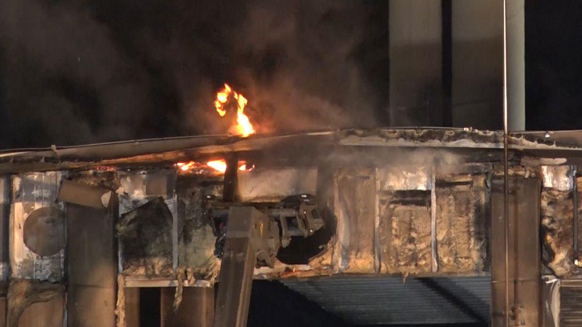 Beim Brand auf dem Gelände von Arcobräu in Moos entstand ein Millionenschaden