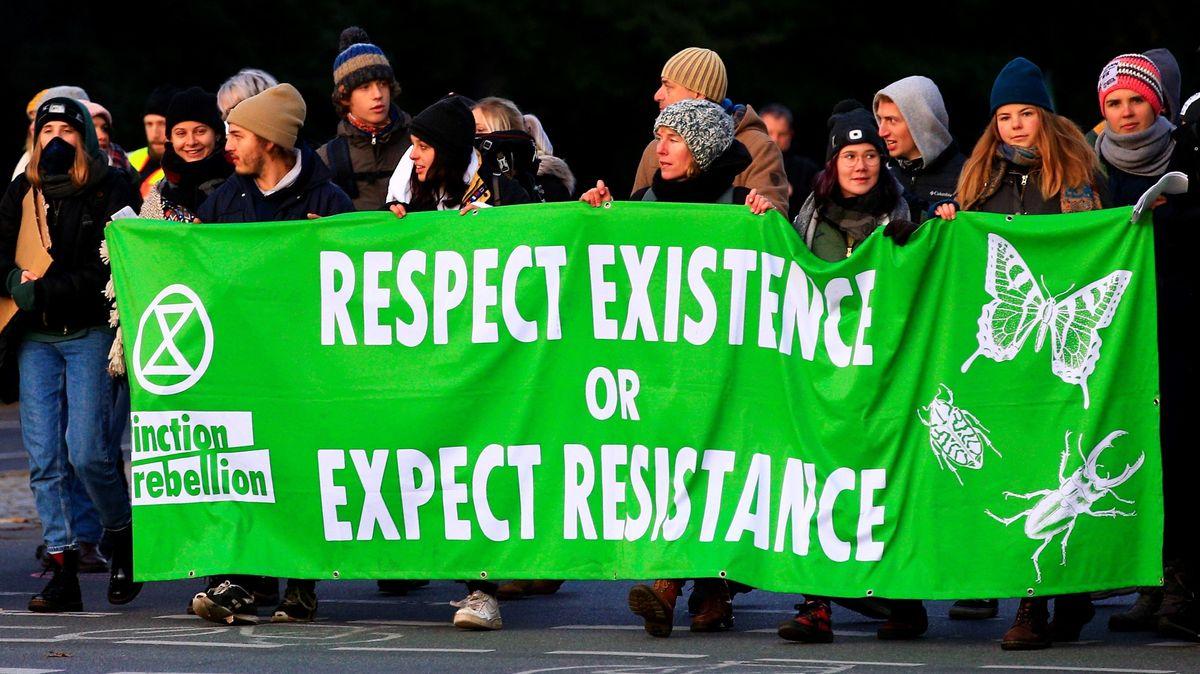 """Aktivisten von """"Extinction Rebellion"""" in Berlin"""