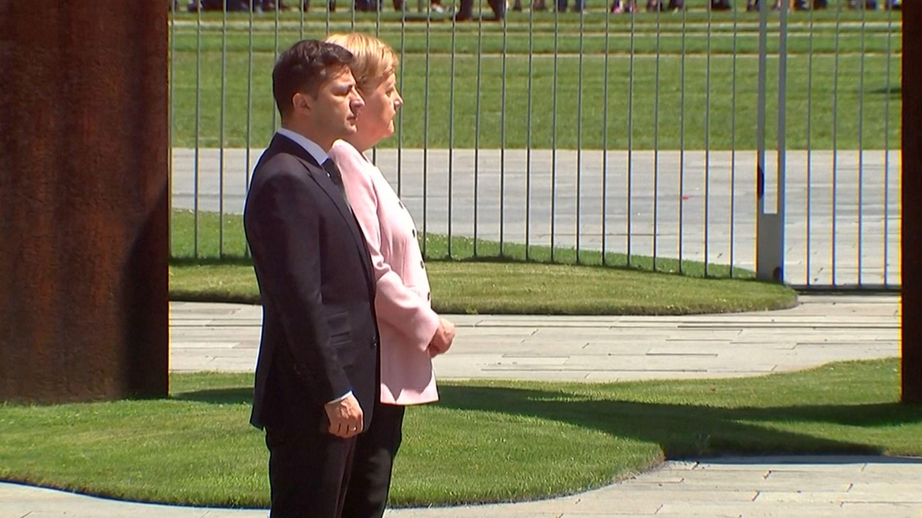 Wolodymyr Selenskyj und Angela Merkel in Berlin