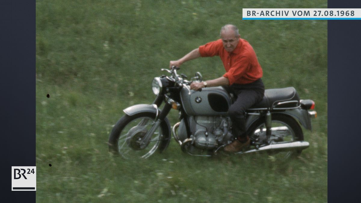 Ernst Henne auf dem Motorrad