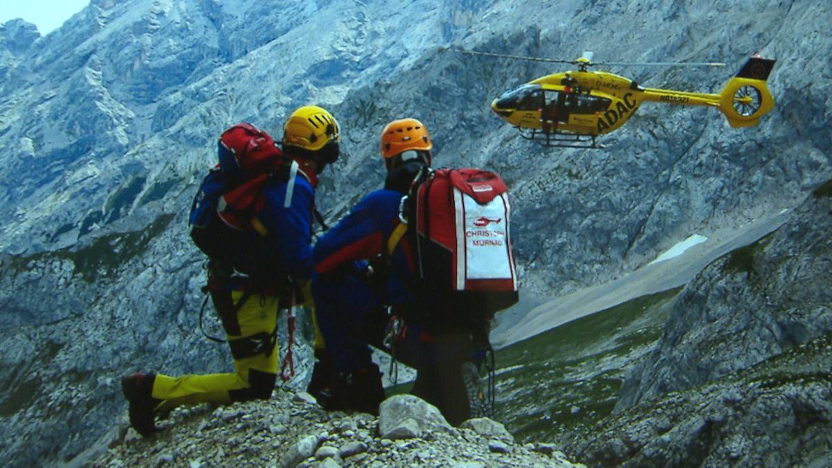 Bergwacht Rettungsaktion mit Hubschraubereinsatz